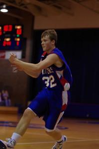 20110128_Basketball_C_Luverne_006