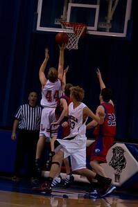 20110210_Basketball_B_LincolnHI_015