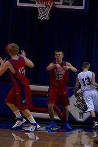 20110210_Basketball_B_LincolnHI_002