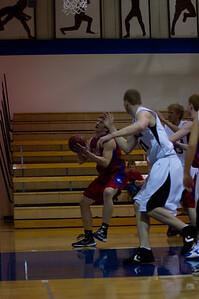 20110210_Basketball_B_LincolnHI_024