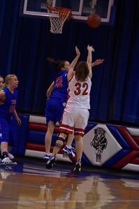 20110210_Girls_Basketball_A_LincolnHI_049