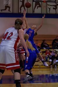 20110210_Girls_Basketball_A_LincolnHI_026