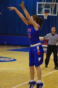 20120124_Girls_Basketball_B_DawsonBoyd_Noiseware4Full_020