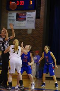 20120124_Girls_Basketball_B_DawsonBoyd_Noiseware4Full_001