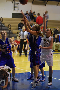 20120124_Girls_Basketball_B_DawsonBoyd_Noiseware4Full_059