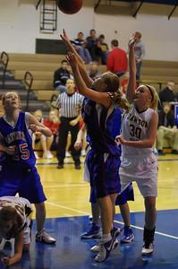 20120124_Girls_Basketball_B_DawsonBoyd_Noiseware4Full_059