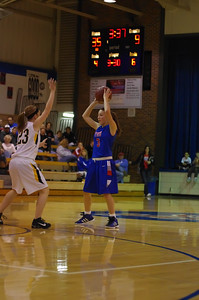 20120124_Girls_Basketball_B_DawsonBoyd_Noiseware4Full_039