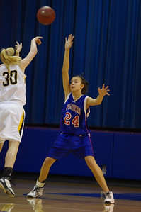 20120124_Girls_Basketball_B_DawsonBoyd_Noiseware4Full_008