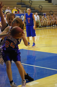 20120124_Girls_Basketball_B_DawsonBoyd_Noiseware4Full_057