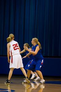 20120130_Girls_Basketball_A_Luverne_034_Noiseware4Full