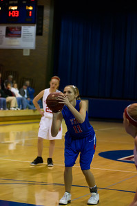 20120130_Girls_Basketball_A_Luverne_011_Noiseware4Full
