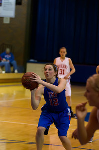 20120130_Girls_Basketball_B_Luverne_058_Noiseware4Full