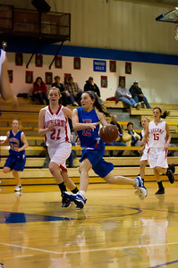 20120130_Girls_Basketball_B_Luverne_017_Noiseware4Full