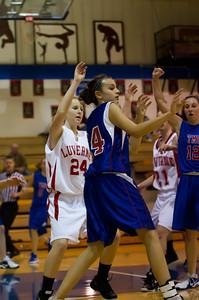 20120130_Girls_Basketball_B_Luverne_025_Noiseware4Full