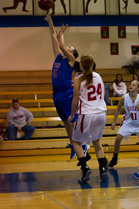 20120130_Girls_Basketball_B_Luverne_075_Noiseware4Full