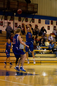 20120130_Girls_Basketball_B_Luverne_072_Noiseware4Full
