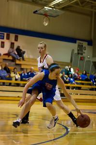 20120130_Girls_Basketball_B_Luverne_015_Noiseware4Full