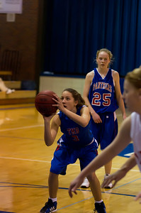 20120130_Girls_Basketball_B_Luverne_007_Noiseware4Full