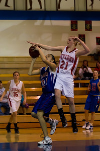20120130_Girls_Basketball_B_Luverne_053_Noiseware4Full