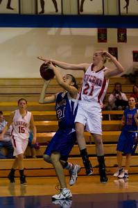 20120130_Girls_Basketball_B_Luverne_053_Noiseware4Full