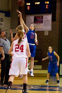 20120130_Girls_Basketball_B_Luverne_002_Noiseware4Full