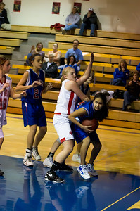 20120130_Girls_Basketball_C_Luverne_043_Noiseware4Full