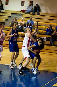 20120130_Girls_Basketball_C_Luverne_043_Noiseware4Full
