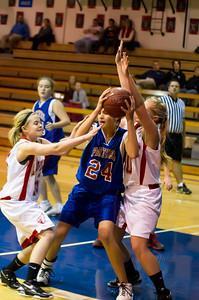 20120130_Girls_Basketball_C_Luverne_052_Noiseware4Full