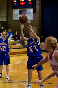 20120130_Girls_Basketball_C_Luverne_030_Noiseware4Full