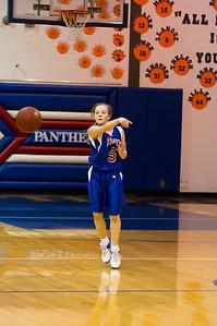 20120130_Girls_Basketball_C_Luverne_057_Noiseware4Full