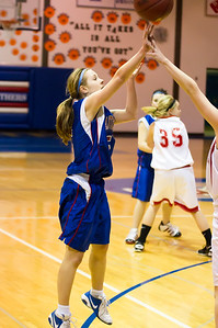 20120130_Girls_Basketball_C_Luverne_051_Noiseware4Full