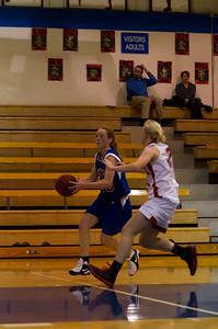 20120130_Girls_Basketball_C_Luverne_026_Noiseware4Full