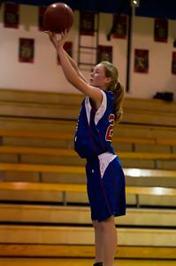 20120130_Girls_Basketball_C_Luverne_004_Noiseware4Full