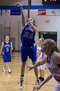 20120130_Girls_Basketball_C_Luverne_036_Noiseware4Full