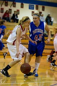 20120130_Girls_Basketball_C_Luverne_002_Noiseware4Full