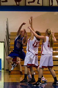 20120130_Girls_Basketball_C_Luverne_009_Noiseware4Full