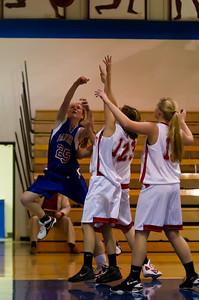 20120130_Girls_Basketball_C_Luverne_009_Noiseware4Full