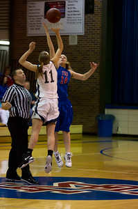 20120213_Girls_Basketball_A_JCC_006_Noiseware4Full