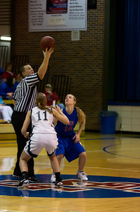 20120213_Girls_Basketball_A_JCC_004_Noiseware4Full