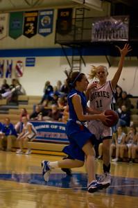 20120213_Girls_Basketball_B_JCC_043_Noiseware4Full