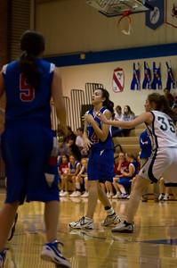 20120213_Girls_Basketball_B_JCC_062_Noiseware4Full