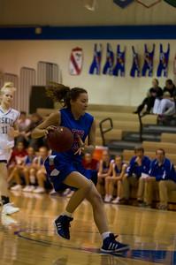 20120213_Girls_Basketball_B_JCC_012_Noiseware4Full
