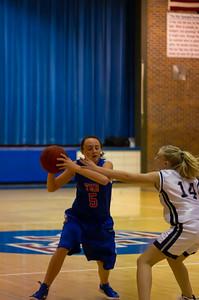 20120213_Girls_Basketball_B_JCC_008_Noiseware4Full