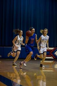20120213_Girls_Basketball_B_JCC_048_Noiseware4Full