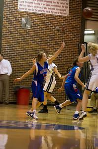 20120213_Girls_Basketball_B_JCC_058_Noiseware4Full