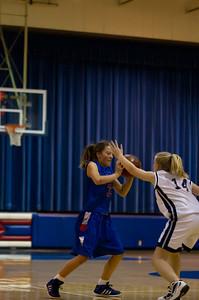 20120213_Girls_Basketball_B_JCC_063_Noiseware4Full