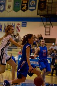 20120213_Girls_Basketball_B_JCC_035_Noiseware4Full