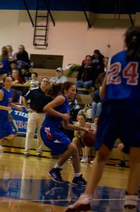 20120213_Girls_Basketball_B_JCC_031_Noiseware4Full