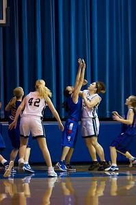 20120213_Girls_Basketball_B_JCC_084_Noiseware4Full