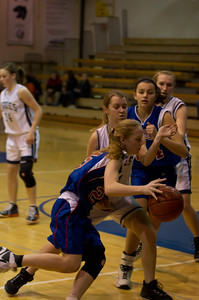 20120213_Girls_Basketball_C_JCC_068_Noiseware4Full